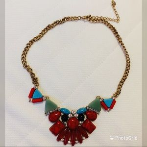NWOT Unique tribal coloured necklace